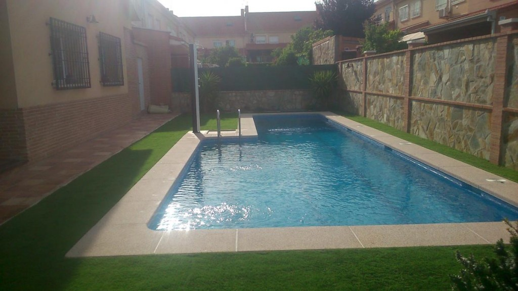 Getafe piscinas los hermanos piscinas de for Piscina getafe